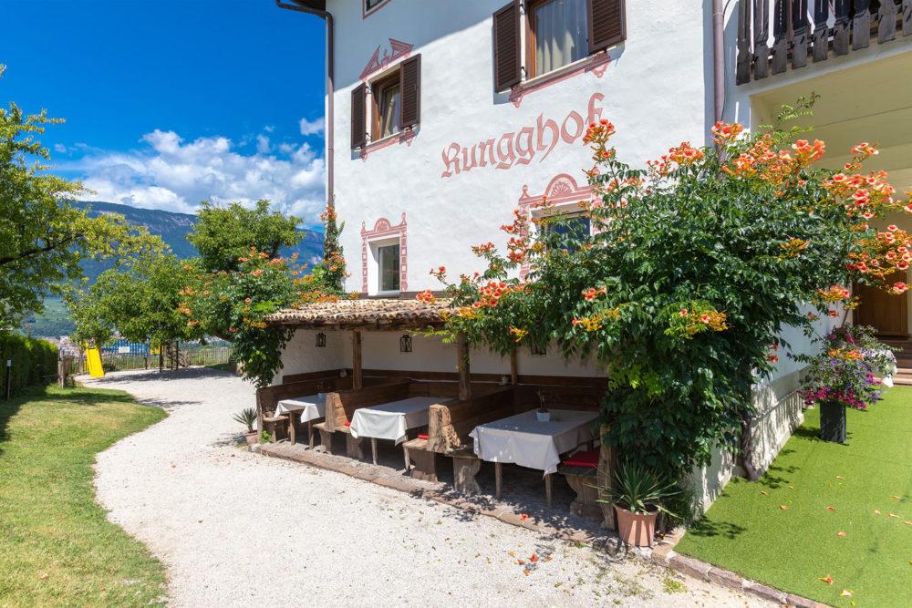 Rungghof - Eppan an der Weihnstraße - Südtirol - Hochzeitsfotograf - Onlywedding.de