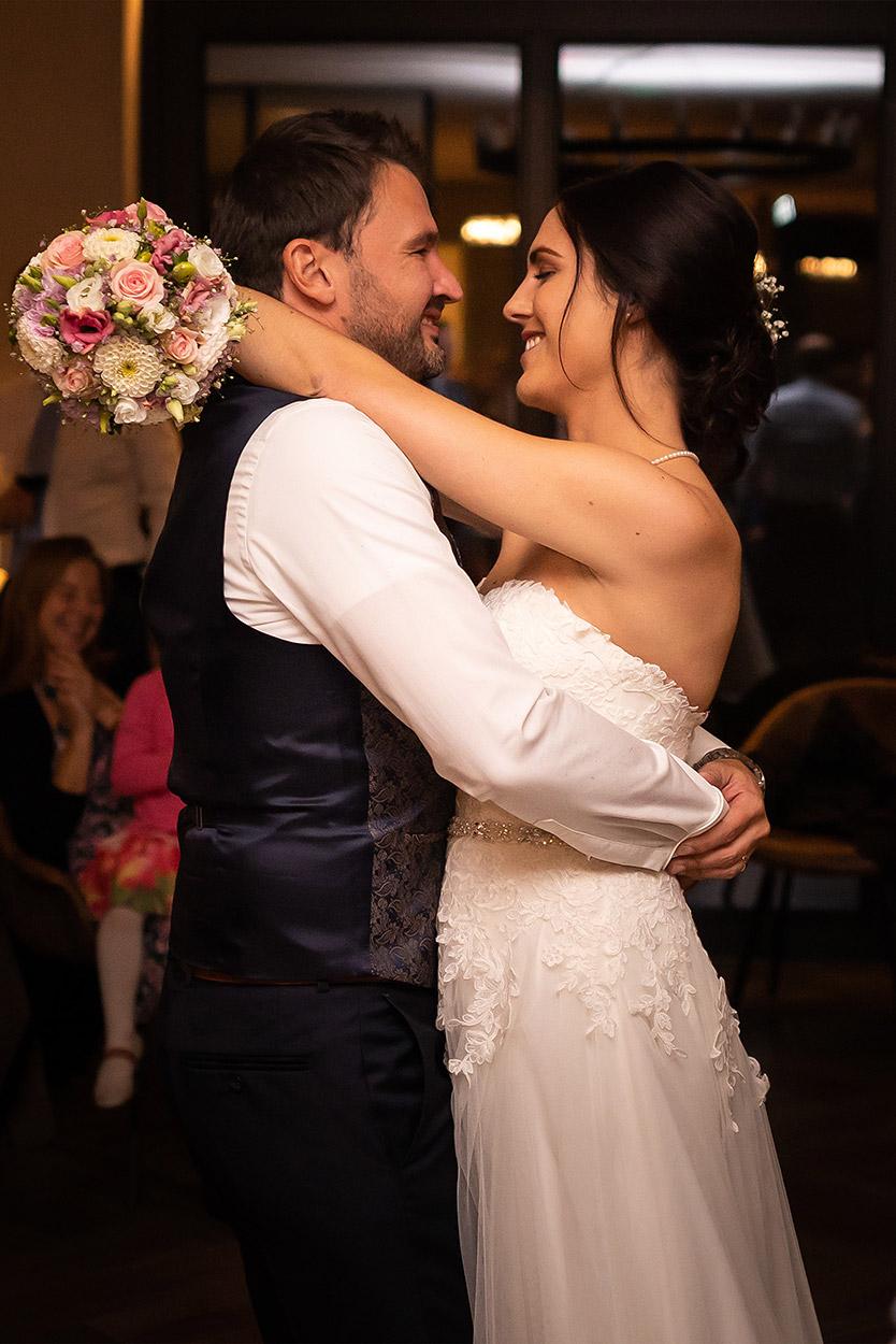 Hochzeitsfotograf Straubing | Freie Trauung am Ammersee | Wedding Photographer | Fotostyle Schindler | onlywedding.de